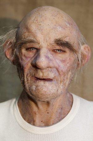 "Máscara de Silicone Realista Velho Dalto Luxo- Realistic Hand Made Silicone Mask Old Man ""Dalton"""