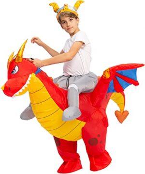 Fantasia de dragão inflável montando um dragão – Inflatable dragon costume riding a dragon